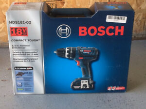 Perceuse percussion compact BOSCH HDS181-02