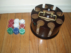 Wooden Revolving Carousel  Chip Caddy with Poker Chips