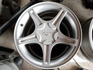 """Mustang OEM 17""""x8"""" Wheels complete with Centres and Nuts"""
