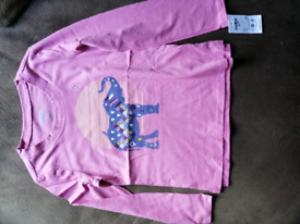 Oshkosh pink top size 5T