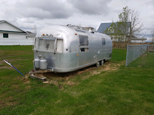 1970 Airstream land yacht   SOLD