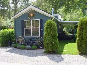 "Beautiful ""Tiny Home"" plus land included!"