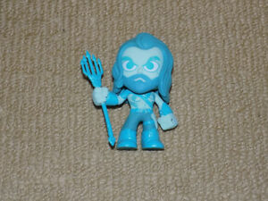 FUNKO BLUE AQUAMAN, MYSTERY MINIS, WALMART EXCLUSIVE, FIGURE