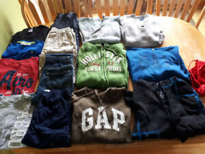 HUGE LOT BOYS BRAND NAME CLOTHING SIZE YOUTH XL- MENS SMALL