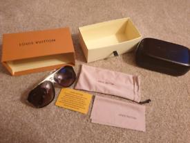 b89dbb4846bf Louis Vuitton Evidence Sunglasses new
