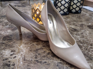 Spring and Lachateau Shoes size 5 ❗