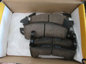 1998-2003 Chevrolet S10 Brake pad set.