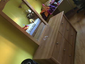 6 drawer dresser with mirror and single bed