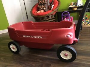 Red Wagon - Radio flyer 2700