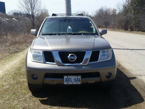 2006 Nissan Pathfinder LE (NEED GONE ASAP AS IS)