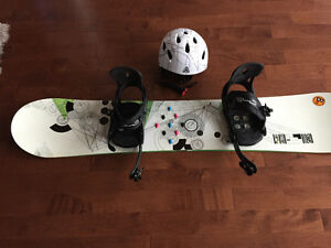 Excellent condition SIMS 148 cm, 540 Bindings, Firefly Helmet