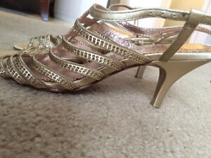 "NEVER WORN ""COLLECTION PORTIA"" sz 6 1/2 Peterborough Peterborough Area image 2"