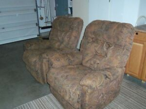 2 matching Living room chairs