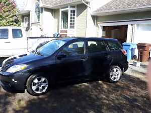 2008 Toyota Matrix noire Berline