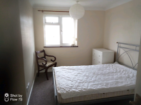 Double room to rent Knowle
