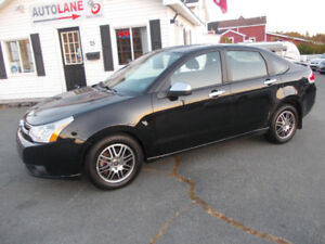 2010 Ford Focus SE Sedan LOADED UP Sharp Car Only $4995