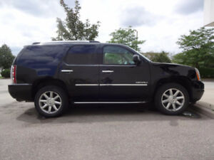 2011 GMC Yukon Denail, like new.