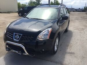 2009 Nissan Rogue  S AWD/ private sale