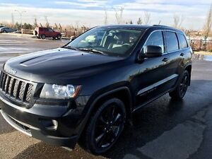 2012 Jeep Grand Cherokee Altitude With Extended Warranty