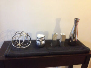 Assorted chrome and metal house decor items