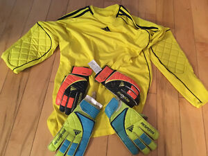 Goalie jersey and gloves