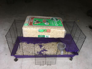 Large cage and soft bedding
