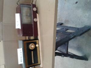Ancien radio à lampe