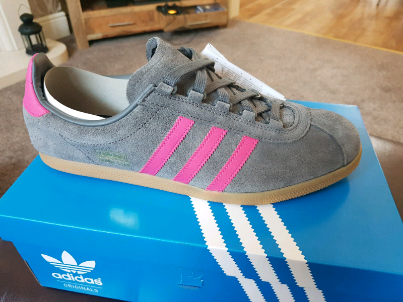 ADIDAS TRIMM STAR GreyMagenta BNIB UK Size 9.5 | in Hartlepool, County Durham | Gumtree