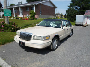 1996 Lincoln Town Car Berline