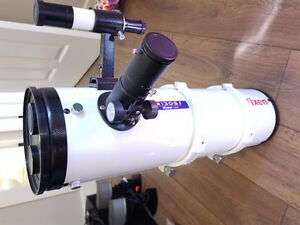 Vixon R130SF Telescope and stand $250 OBO MINT needs gone.
