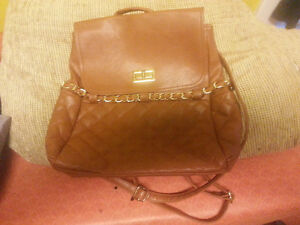 Brown purse/backpack