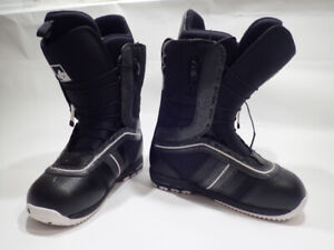 Snowboard boots: Brand new. 3 sizes