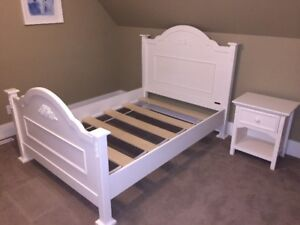 Kids/Youth Bedroom Set - 3 Piece