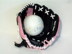 "Rawlings Pink/Black 10"" Inch Ball Glove (Left-hand catcher) NEW"