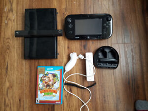 WiiU 32GB with game, controller, all hookups