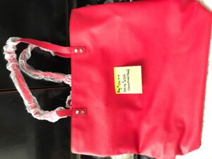Large red tote bag or can be used as a purse by thirty-one