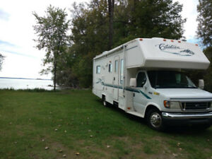 Class C RV Camper READY TO GO ON YOUR NEXT ADVENTURE