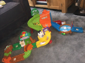 REDUCED! Bargain! Vtech toot toot zoo toy with animals
