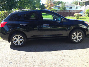 2010 Nissan Rogue SL SUV REDUCED