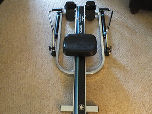 WEST BEND 5100 ROWING MACHINE,.LIKE NEW