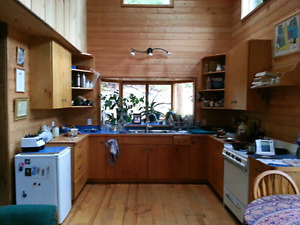 3.5 Month Cortes Island Sublet;  Beautiful Home with Dance studi