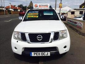 Nissan Navara 2.5dCi Connect Premium auto Tekna White Diesel Auto