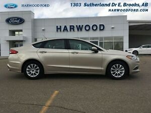 2017 Ford Fusion S   - REALLY 1100 KM. - BACKUP CAMERA - REMOTE