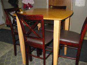 pub hight table/chairs