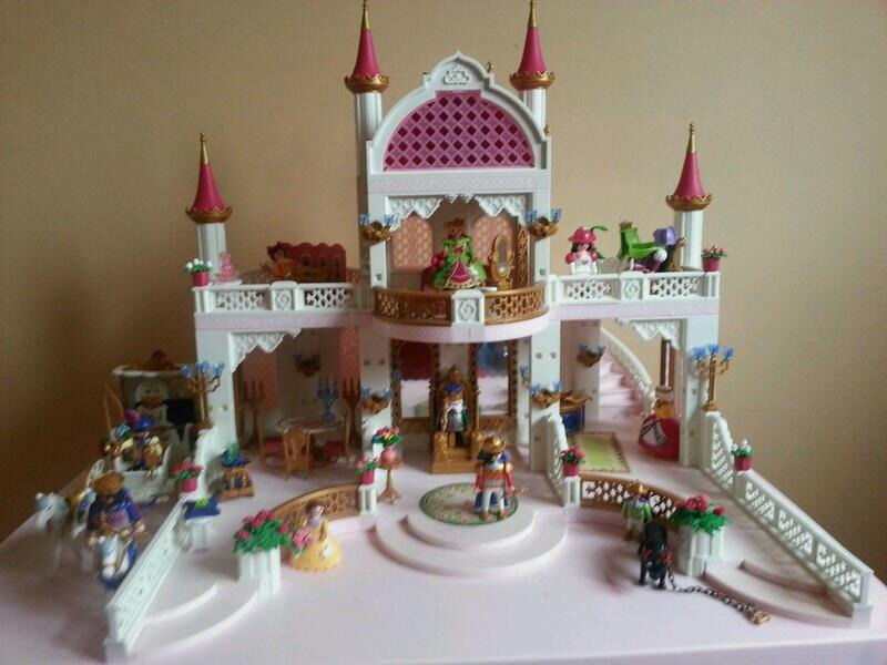 playmobil 4250 magic castle with wedding carriage extras