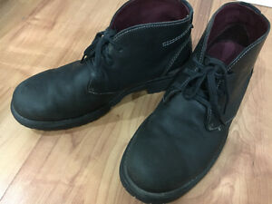 Clarks Boots, Black, Good Condition (US 9)