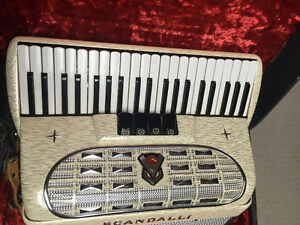 Scandalli Accordian