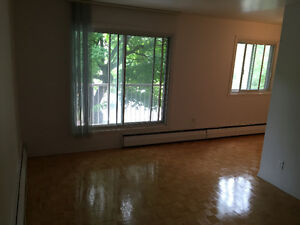 FREE RENT For up to two months in Dorval West Island Greater Montréal image 7