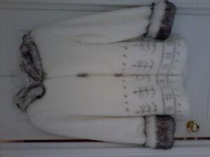Faux fur coat Kitchener / Waterloo Kitchener Area image 1