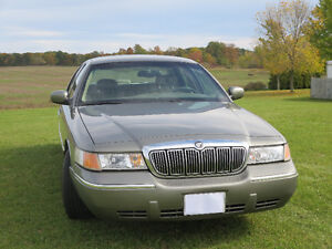 2001 Mercury Grand Marquis LS Sedan